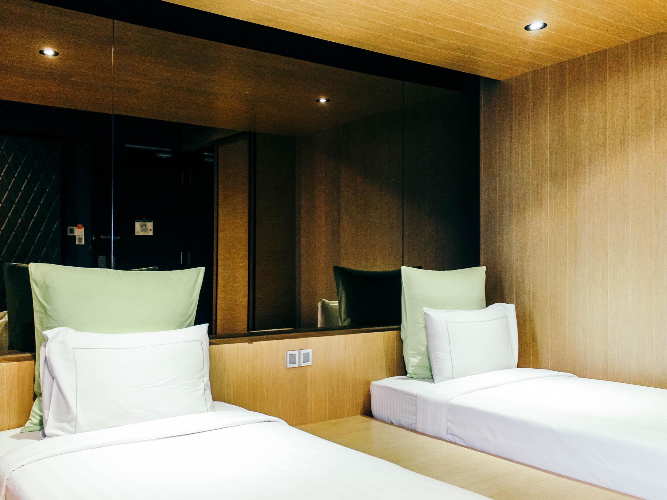 Sleep in kuala lumpur wolo bukit bintang artelounge for Affordable furniture kuala lumpur